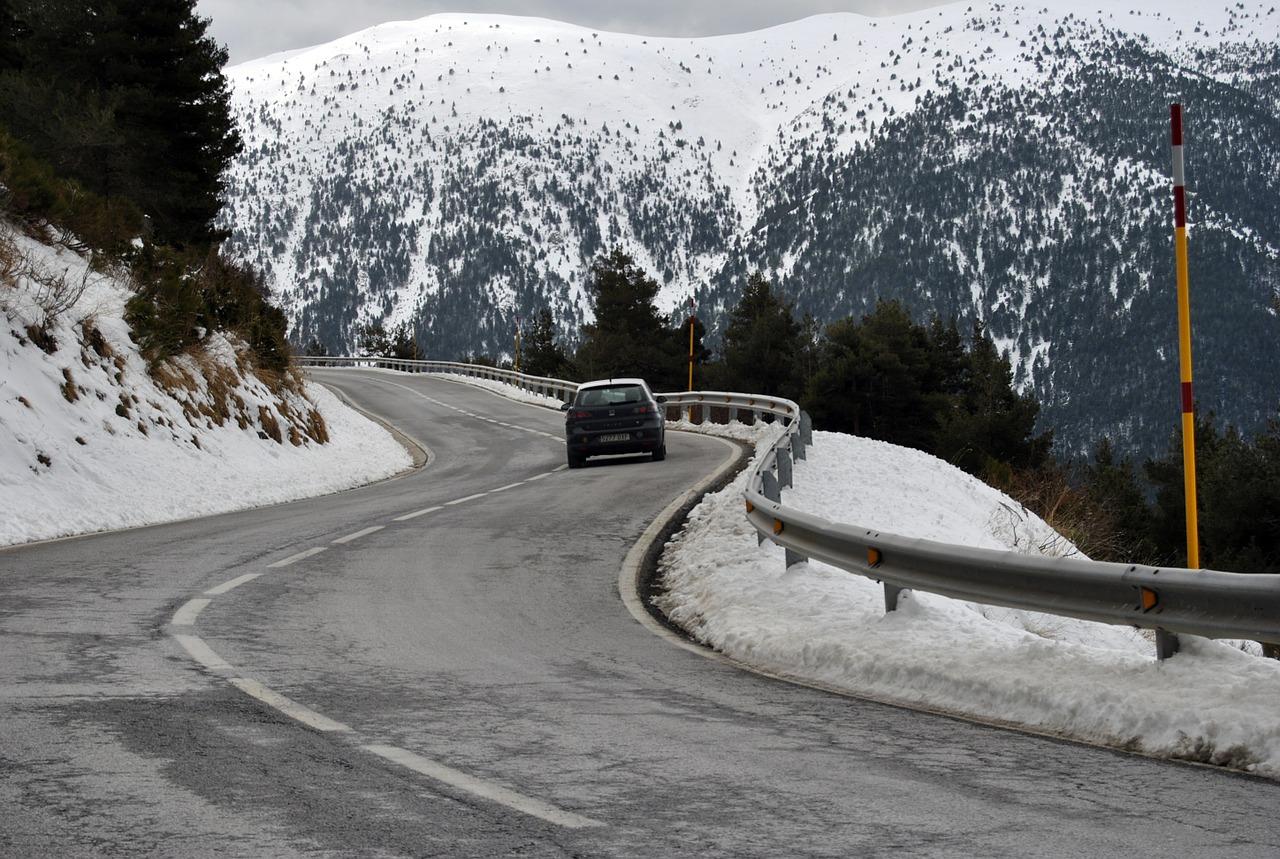road-546166_1280