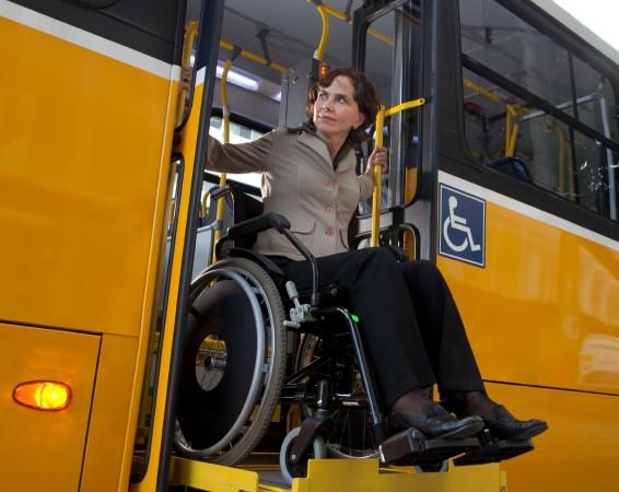 Un transporte público accesible